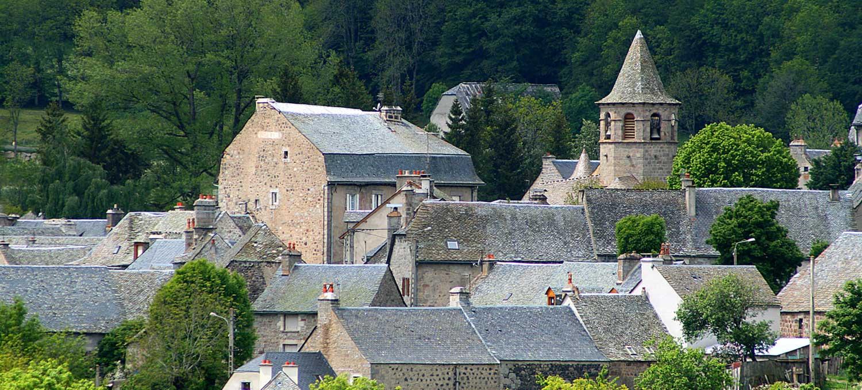 nasbinals-village-aubrac-lozere