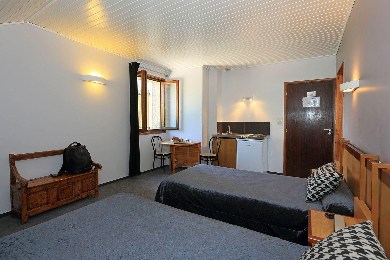 HOTEL-BASTIDE-aubrac-nasbinals_18