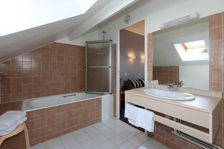 HOTEL-BASTIDE-aubrac-nasbinals_22