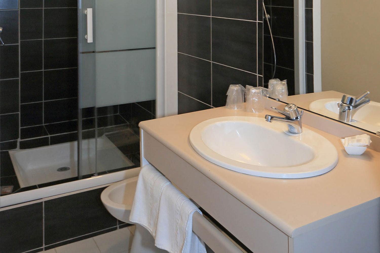 HOTEL-BASTIDE-aubrac-nasbinals_24