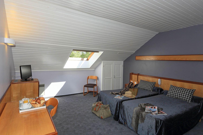 HOTEL-BASTIDE-aubrac-nasbinals_27