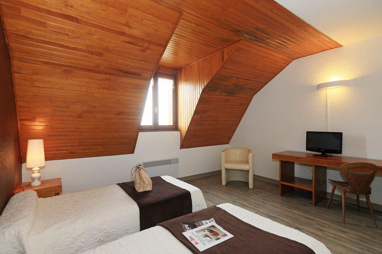 hotel-randonnee-aubrac-nasbinals_14