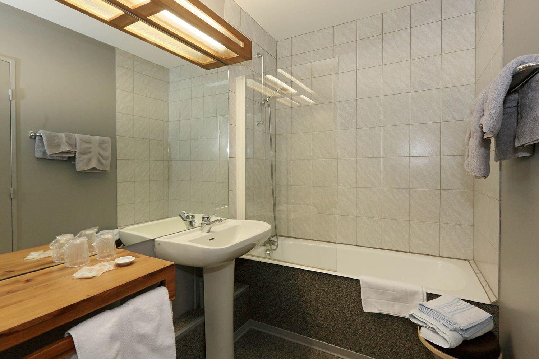 hotel-randonnee-aubrac-nasbinals_16