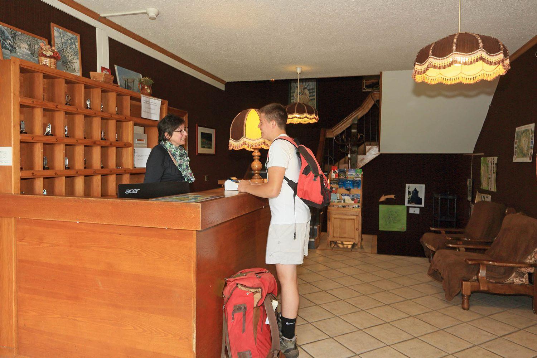 hotel-randonnee-aubrac-nasbinals_20
