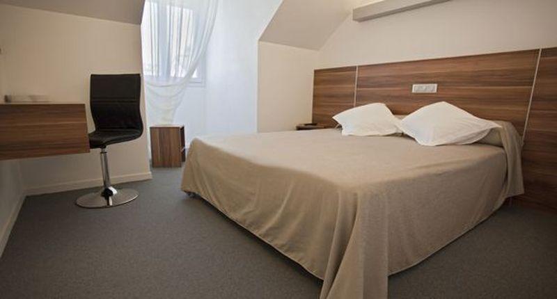 hotel_restaurant_europe_marvejols_01